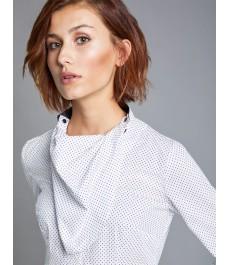 Женская приталенная рубашка белая в тёмно-синюю точку, коллекция Бутик - под пуговицу