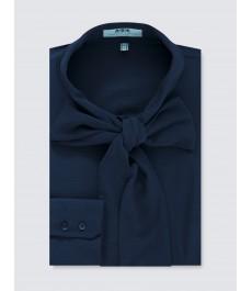 Женская приталенная тёмно-синяя рубашка из крепа - воротник под бабочку