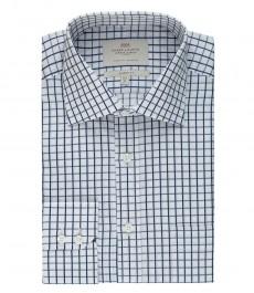 Мужская белая с темно-синим рубашка в клетку, классическая - с карманом.