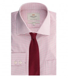Мужская рубашка, классического кроя, красная в белую клетку - с карманом - легко гладится