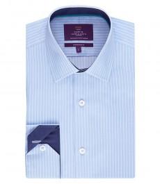 Мужская приталенная рубашка, светло-голубая в белую полоску